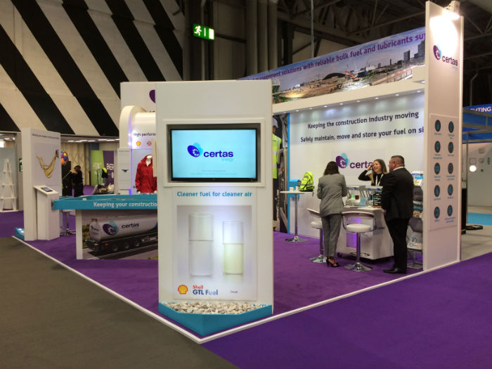 certas-show-stand-cleaner-air