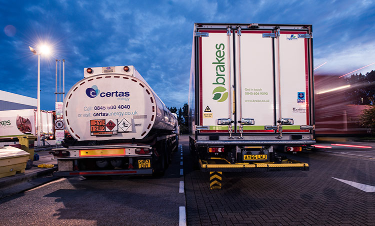 brakes-certas-hgv-lorry-side-by-side